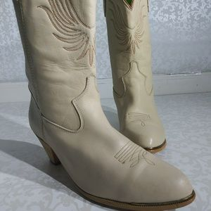 Vintage ACME Womens Western Boots Cream Sz 9
